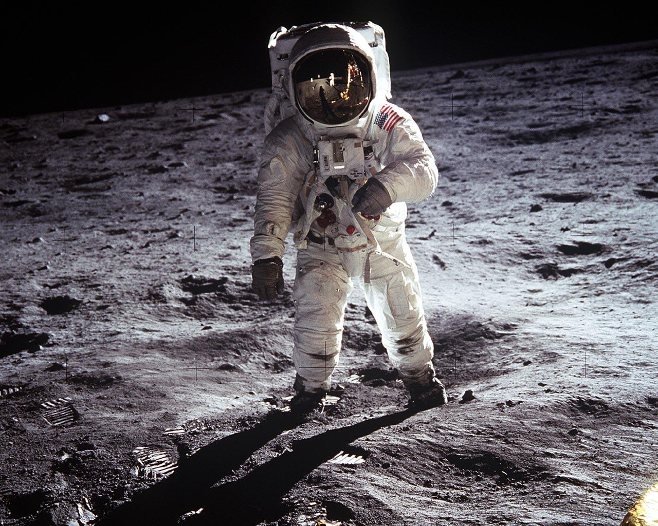 Эдвин Олдрин на Луне, 20 июля 1969